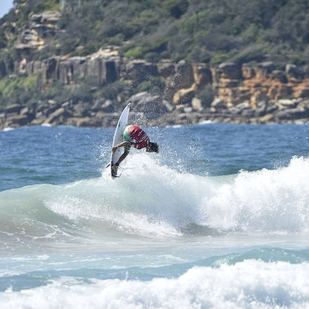 _XF22805 - 2015 12th February. Day 6 of the Australian Open of Surfing held at Manly Beach. Cooper Chapman (AUS) in action