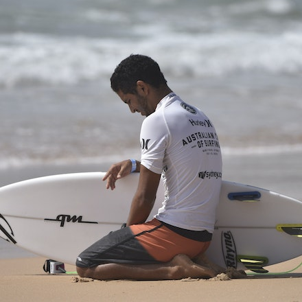_XF24934 - 2015 14th February. Day 8 of the Hurley Australian Open of Surfing held at Manly Beach. Ian Gouveia (BRA) Michael Rodrigues (BRA) . Rodrigues...
