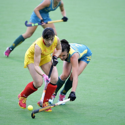 _PB10023 - 2015 4th April. Day 2 International Hockey Sydney. Australia V China