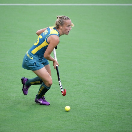 _PB10092 - 2015 4th April. Day 2 International Hockey Sydney. Australia V China