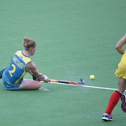 _PB10328 - 2015 4th April. Day 2 International Hockey Sydney. Australia V China