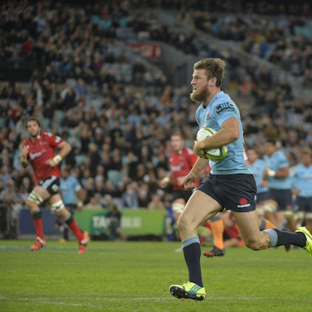 _PB13878 - 2015 May 23, Sanzar Super Rugby, Waratahs V Crusaders. Waratahs defeated Crusaders 32-22, ANZ Stadium, Sydney Olympic Park. Rob Horne makes...