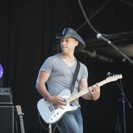_DSC3250 - 1st November 2015. Sydney Country Music Festival held at Bella Vista Farm. The Brook Chivell band performs