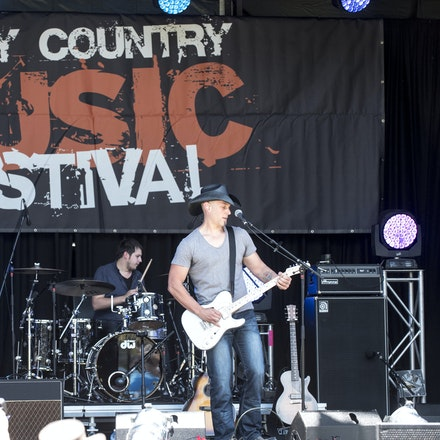 _DSC3262 - 1st November 2015. Sydney Country Music Festival held at Bella Vista Farm. The Brook Chivell band performs