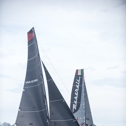 _DSC9487 - 2015 Rolex Sydney to Hobart start. Comanche and Maserati in action.