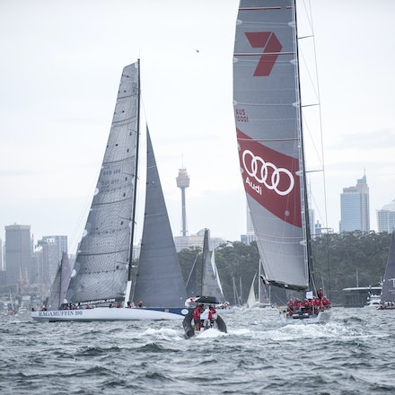 _DSC9494 - 2015 Rolex Sydney to Hobart start. Wild Oats XI and Ragamuffin 100 in action.