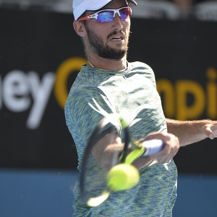_PB12816 - 13th January 2017, Day 6, APIA International Sydney Tennis. Gilles MULLER (LUX) defeats Victor TROICKI  (SRB) 6-3 7-6 Troicki in action