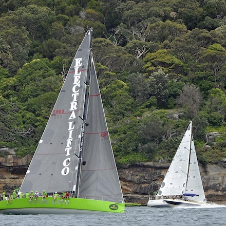 _DSC2121 - 18.12.2011. Sydney, Australia. Day 3. Rolex Trophy Passage Series. Future Shock skippered by Craig Ellis with Whistler skippered by David Rees...