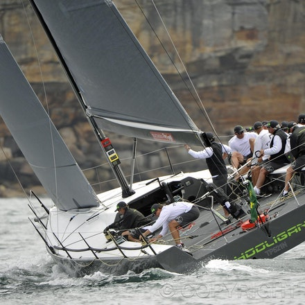 _DSC2317 - 18.12.2011. Sydney, Australia. Day 3. Rolex Trophy Passage Series. Hooligan  skippered by Marcus Blackmore  in action
