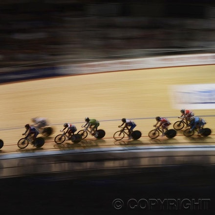 201204_Blakeman_076048 - 05.04.2012. Melbourne, Australia. Competitors in action at the 2012 World Championship Track Cycling.