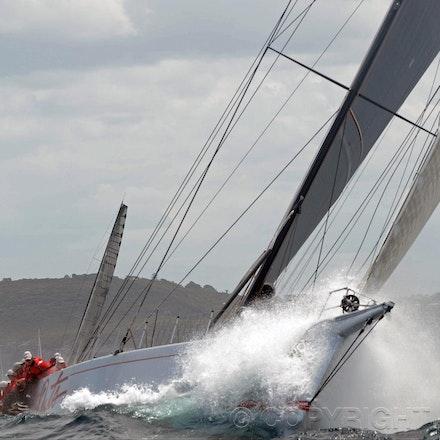 Blakeman_201212_Passage_8279 - 26/12/12, Sydney, Australia, Start of the Sydney to Hobart on Sydney Harbour