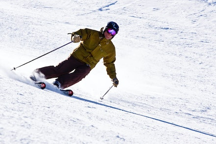 0901_Simon_skiing_075
