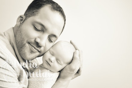 Aliyah Rose - Newborn Photoshoot, newborn photography, redding california, photographer, natural light, organic, light, simple, baby pictures, girl, daddy,...