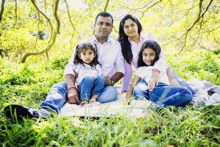 Internet 1186 Kumar Family - 22 November 2014 - Centennial Park - Family Portrait - affordable wedding photography sydney