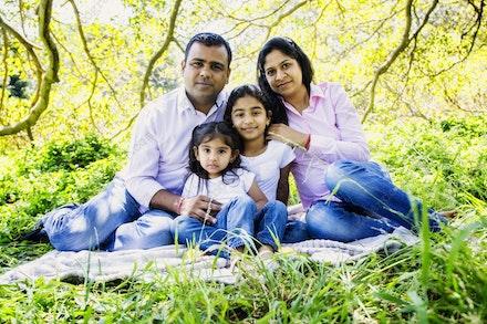 Internet 1228 Kumar Family - 22 November 2014 - Centennial Park - Family Portrait - sydney wedding photography