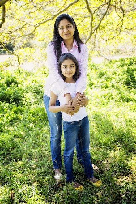 Internet 1140 Kumar Family - 22 November 2014 - Centennial Park - Family Portrait - sydney pics