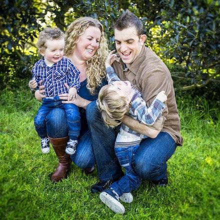Internet 284 Jones Family - 04th August 2014 - Centennial Park - Family Portrait - professional family photography sydney