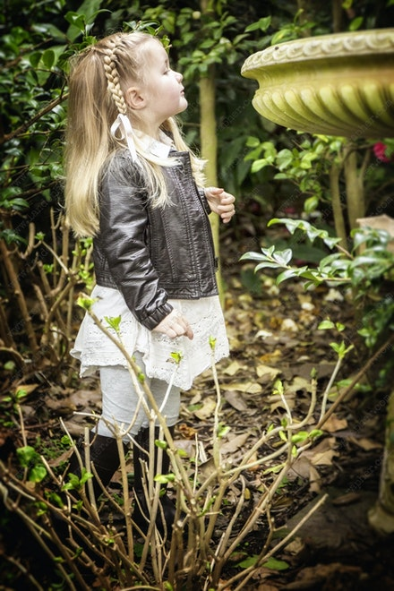 Internet 080 Paloma - 24th July 2014 - Darling Point - Children Portrait - professional family photography sydney