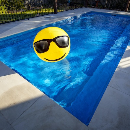 Narellan Pools - Beach Ball