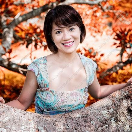 Yessyria - outdoor portrait photographer