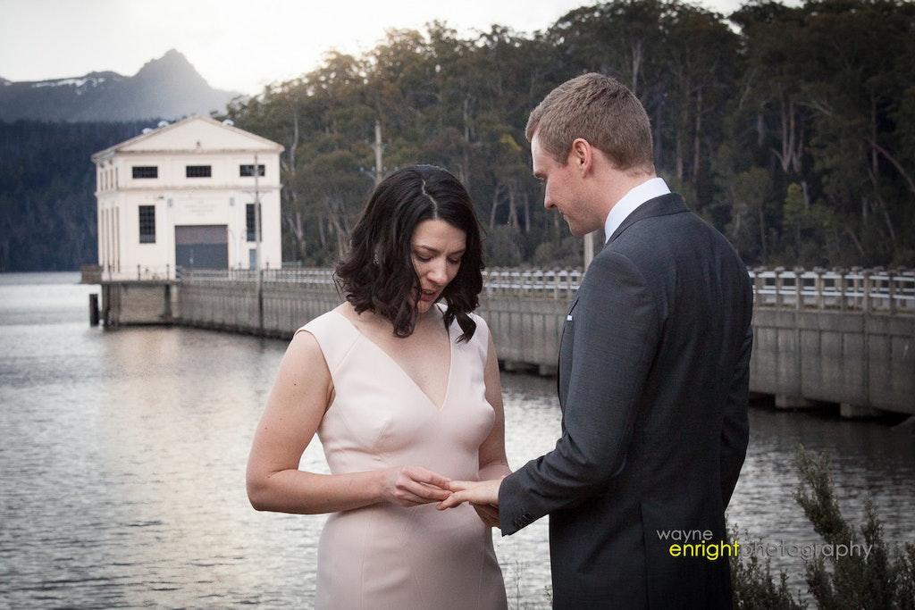 RP-270 - wedding photographer launceston devonport burnie hobart