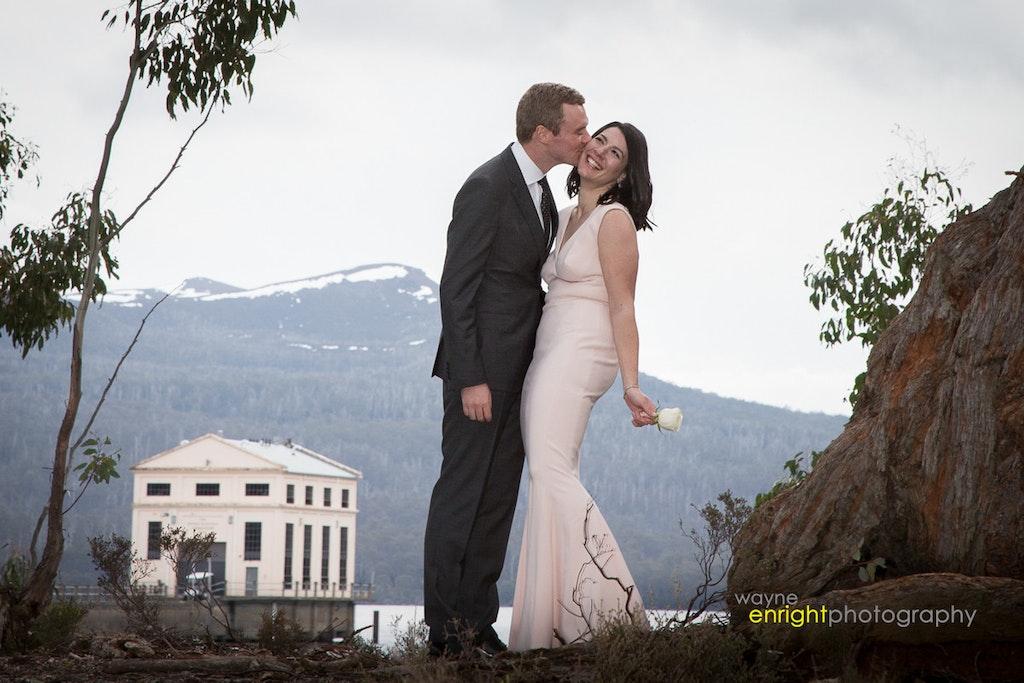 RP-405 - wedding photographer launceston devonport burnie hobart