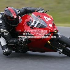 Rd 5 - Race 10 - 4 Laps - Thunderbikes & Historic (P4, 5 & 6)