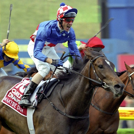 MakybeDiva-0948-26a - Makybe Diva wins the 2005 Carlton Draught WS Cox Plate.  Jockey Glen Boss.  Trainer Lee Freedman.  Owner Tony Santic.  Moonee Valley...