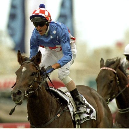 MakybeDiva-1685-19a-16x12 - Makybe Diva and Glen Boss winning the BMW.