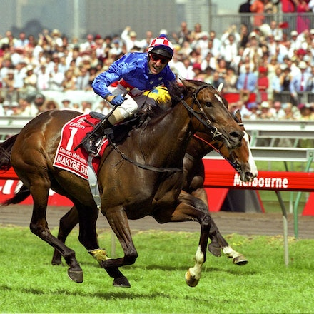 MakybeDiva-1003-10a-18x12-16x - Makybe Diva and Glen Boss winning the 2005 Melbourne Cup.