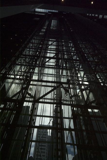 Sydney_4505 - Deutche Bank building, Sydney,  elevator shaft