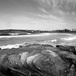 Beaches - Beautiful black & white photographs of dreamy Sydney beaches.