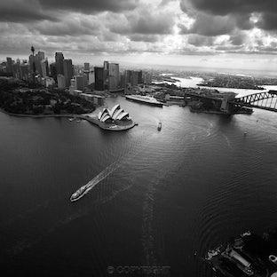 Sydney Moments - Black & white landscapes of beautiful Sydney.