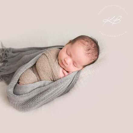 Newborn & Maternity Photography - Full Sessions from $500 - Click to see our Newborn and Maternity gallery.