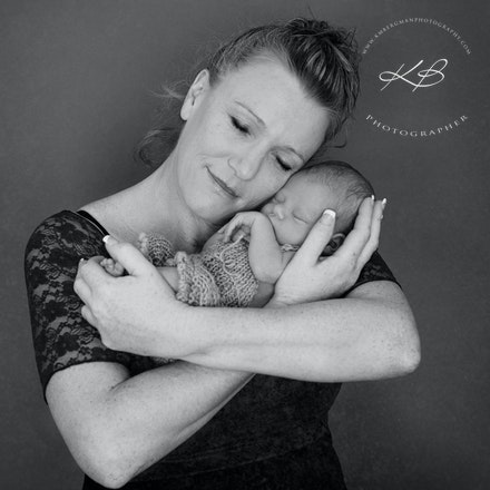 Stylised newborn portraits beautiful makeover and stylised newborn portraits by logan city photographer kerry bergman