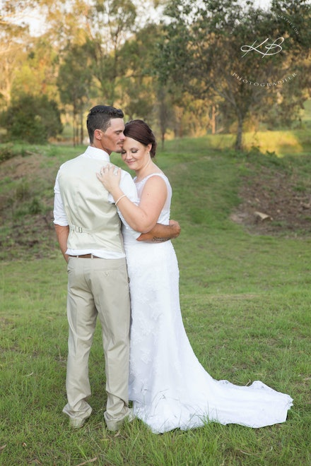 Wedding-Portraits - Beautiful outdoor wedding at Boonah Valley, captured by Logan City Photographer Kerry Bergman.  Gorgeous location for all types of...