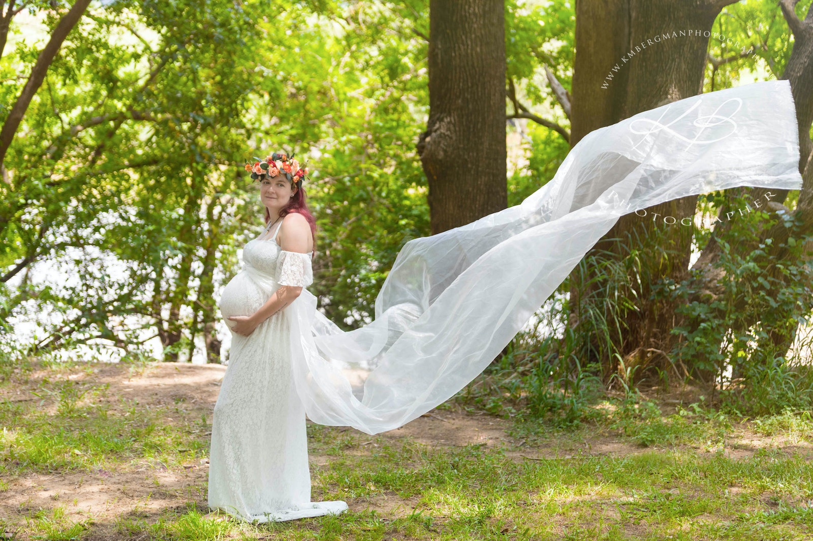 Maternity Location - Gorgeous Maternity session right here in the heart of Logan City