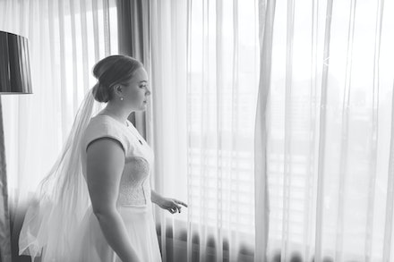 Beautiful Bride - Gorgeous Wedding Portraits captured at Sofitel in Brisbane,  in all it's beauty by Logan City photographer Kerry Bergman.  Capturing...