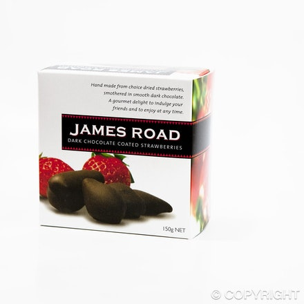 Chocolate strawberries - packaging - food photography 17 - Product photography of new packaging for retail food groups for brochures and web