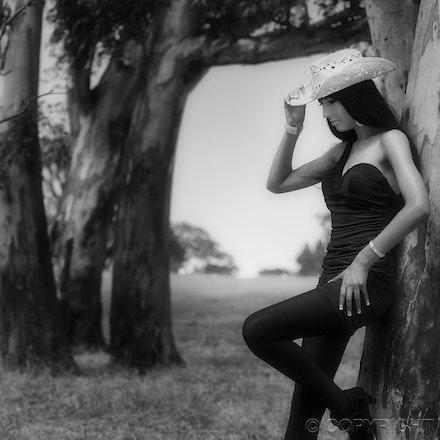3 Renee - Black and white farm shoot