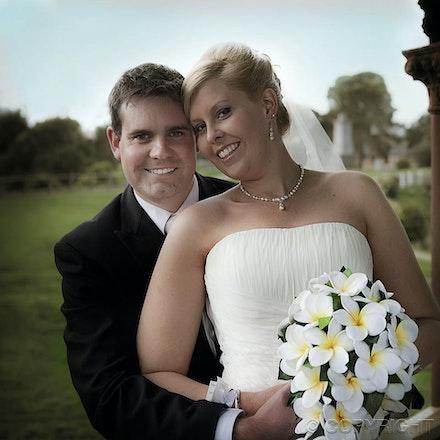 214 Karen & Paul - A beautiful backdrop for wedding photographs - Strathalbyn church, South Australia