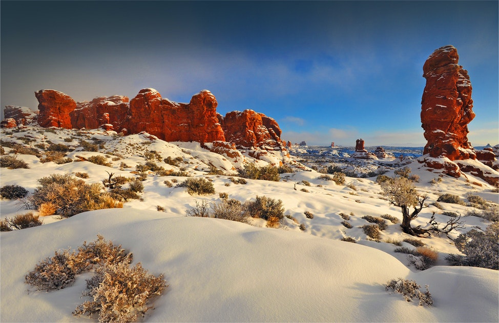 Arches-NP-In-Winter-U024-16x20
