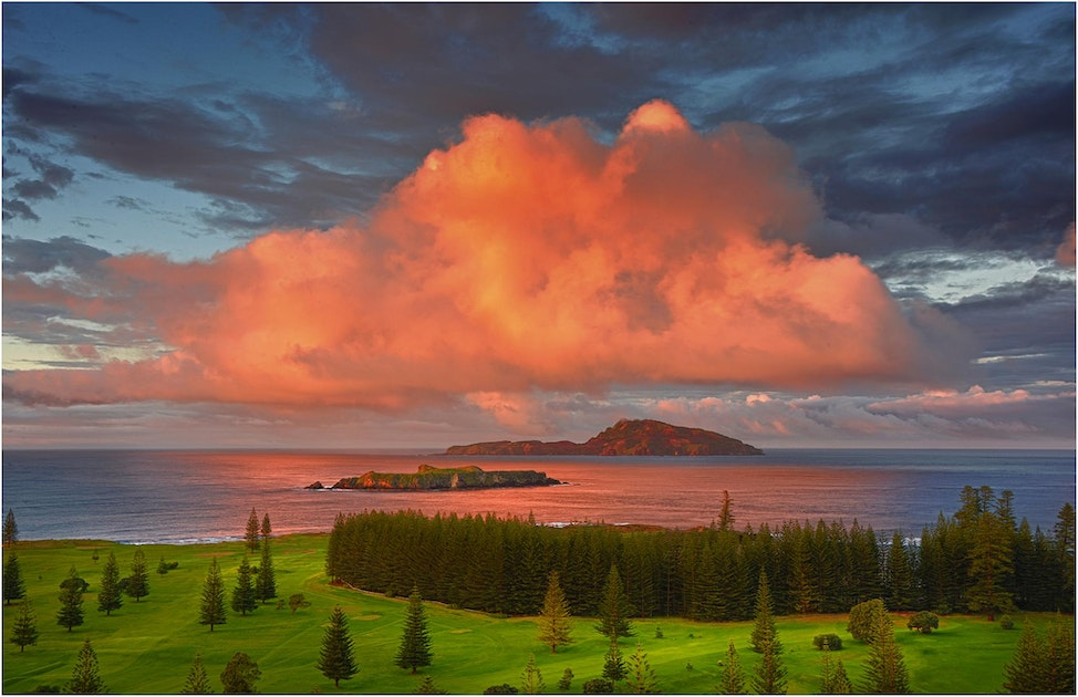 Norfolk-Island-Dawn-NI08016-11x17