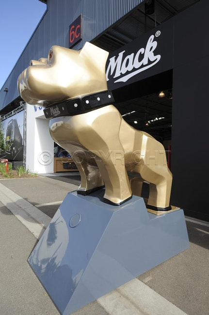 Mack Truck 2012-45 - Mack Truck