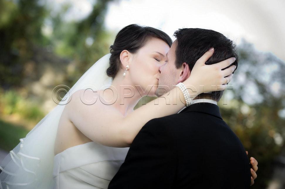 _D3S8939 - Rebecca & Denis, Wedding. Meadowbank Receptions, Campbellfield, Victoria