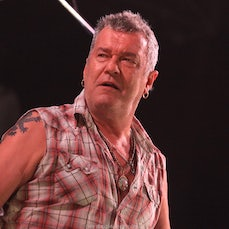 Jimmy Barnes - Redhot Summer Tour 2013