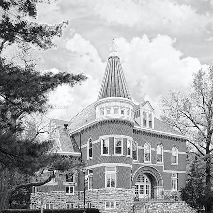 Ezra Gillis Building, University of Kentucky/Black and White Photo_2430_55 - Photo by Campus Photos USA. The Ezra Gillis Building on the college campus...