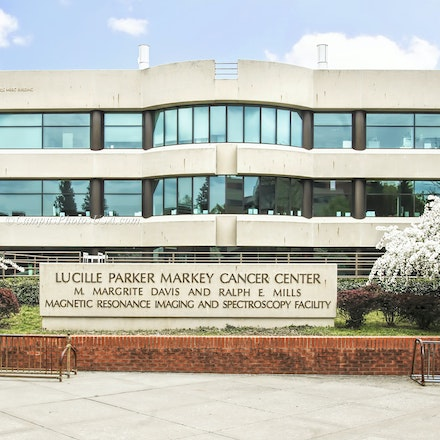 Lucille Parker Markey Cancer Center, the University of Kentucky/Color Photo_2436_0914 - Photo by Campus Photos USA. The Lucille Parker Markey Cancer Center,...