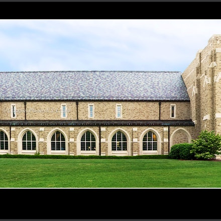 Hammes.Notre.Dame.Bookstore_1632_708 - Photo by Campus Photos USA. The Hammes Notre Dame Bookstore, Notre Dame, IN next to South Bend was built in 1998...