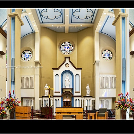 8x10.Chapel of the Immaculate Conception, Remodeled Interior 2015, University of Dayton.24 x 32.2..2958 - Photo by Campus Photos USA. (Color Photo) The...